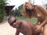Film X Gratuit On s'encule en plein air? offert par Porn4You